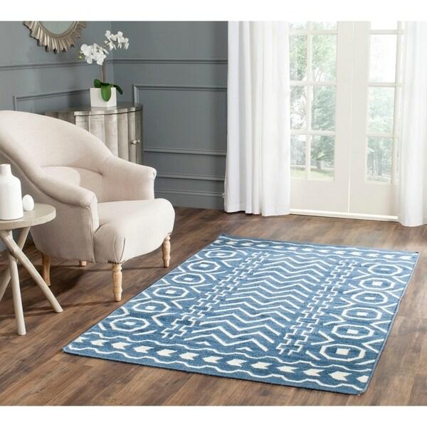 Safavieh Hand-woven Dhurries Dark Blue/ Ivory Wool Rug - 8' x 10'