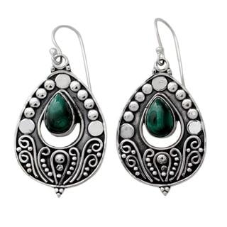 Sterling Silver 'Jaipuri Princess' Malachite Earrings (India)