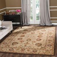 "Safavieh Handmade Antiquity Beige/ Beige Wool Rug - 7'6"" x 9'6"""
