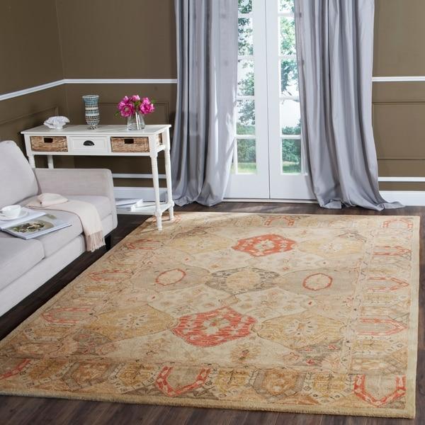 Safavieh Handmade Antiquity Beige/ Multi Wool Rug - 8'3 x 11'