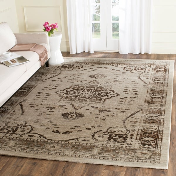 Safavieh Evoke Vintage Oriental Medallion Beige/ Brown Distressed Rug - 8' x 10'