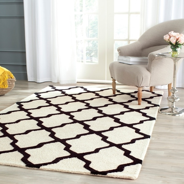 Safavieh Handmade Cambridge Ivory/ Black Wool Rug - 9' x 12'