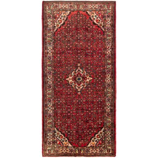 eCarpetGallery Hand-knotted Persian Hosseinabad Red Wool Rug (5'3 x 10'9)