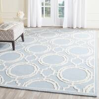Safavieh Handmade Cambridge Blue/ Ivory Wool Rug - 8' x 10'