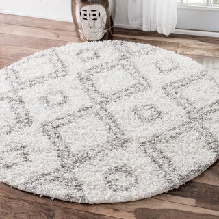 nuLOOM Alexa My Soft and Plush Moroccan Diamond White Easy Shag Round Rug (8' Round)