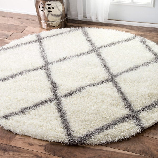 NuLOOM Soft And Plush Moroccan Trellis Shag Round Rug (5'3