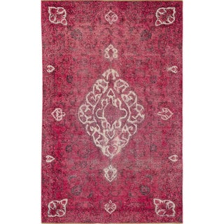 Distressed Brittane Pink Hand-Knotted Rug (5'8 x 9'0)