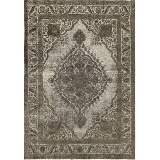 Distressed Batilde Grey Hand-Knotted Rug (7'10 x 11'2)
