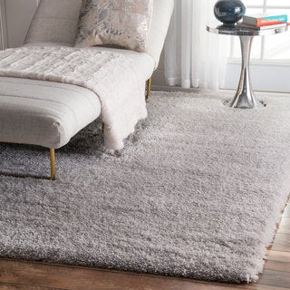 nuLOOM Soft and Plush Cloudy Solid Shag Silver Rug (6'7 x 9')