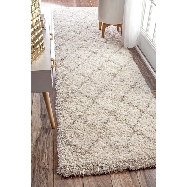 NuLOOM Soft And Plush Moroccan Trellis Natural Shag Runner