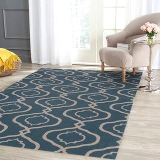 Moraccan Trellis Modern Blue Area Rug (5'3 x 7'3)