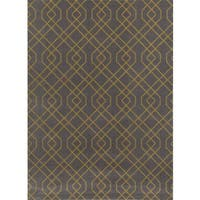 Modern Trellis Design Grey/Yellow Area Rug (7'10 x 10'2) - 7'10 x 10'2