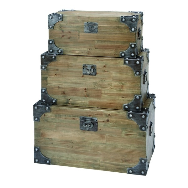 Vintage appeal wooden trunk with fitted bolts set of 3 for Fitted bedroom furniture 0 finance