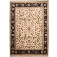 Handmade Herat Oriental Indo Kashan Ivory/ Navy Wool Rug (India) - 10' x 14'