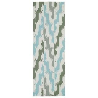 Seaside Ivory and Blue Ikat Indoor/Outdoor Rug (2'6 x 8')