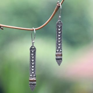 Handmade Gold Overlay 'Balinese Scepter' Earrings (Indonesia)