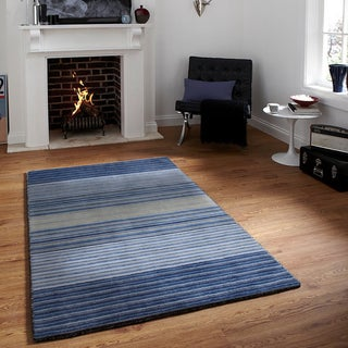 Hand-loomed Blue/Beige Striped Wool Rug (5'x7'6)
