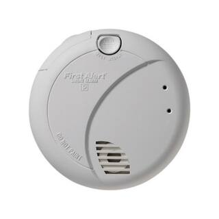 First Alert 7010B Smoke Alarm With Photoelectric Sensor & Battery Backup|https://ak1.ostkcdn.com/images/products/11768175/P18681334.jpg?impolicy=medium