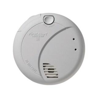 First Alert 7010B Smoke Alarm With Photoelectric Sensor & Battery Backup