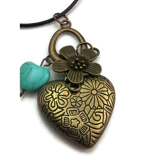 Mama Designs Handmade Turquoise Western-style Heart Muti-charm Necklace