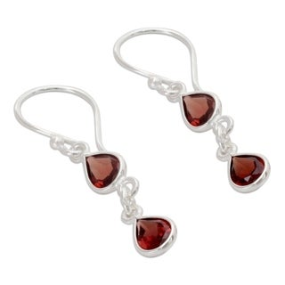 Handmade Sterling Silver 'Mystical Femme' Garnet Earrings (India)