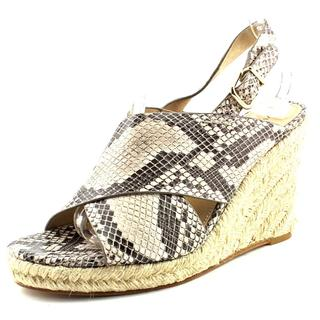 Via Spiga Women's 'Rosette' Leather Sandals