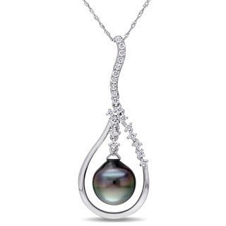 Miadora Signature Collection 14k White Gold Black Tahitian Pearl and 1/2ct TDW Diamond Teardrop Necklace (G-H, SI1-SI2)