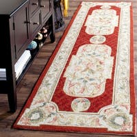 Safavieh Hand-hooked Easy to Care Ivory/ Red Rug - 2' 6 x 10'
