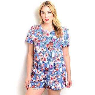 Shop the Trends Women's Plus-size 2-piece Short-sleeve Top and Mini Shorts Set With Allover Floral Print