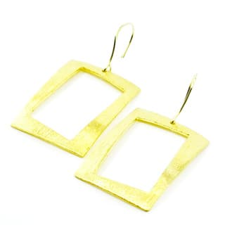 Betty Carre 18k Gold Overlay Rectangular Earrings|https://ak1.ostkcdn.com/images/products/11770123/P18683052.jpg?impolicy=medium