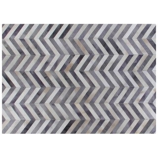 Exquisite Rugs Exquisite Rugs Chevron Pewter / White Leather Hair-on Hide Rug (9'6 x 13'6) - 9'6 x 13'6