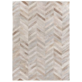 Exquisite Rugs Chevron Beige / White Leather Hair-on Hide Rug (9'6 x 13'6)