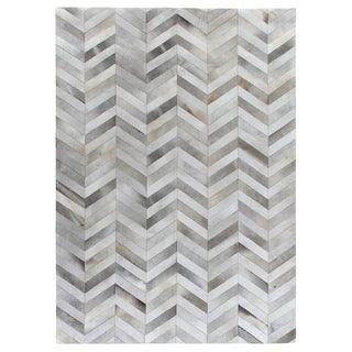 Chevron Hide Silver / White Leather Hair-on Hide Rug (9'6 x 13'6)