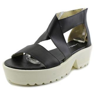 C Label Women's 'Darla 2' Faux Leather Sandals