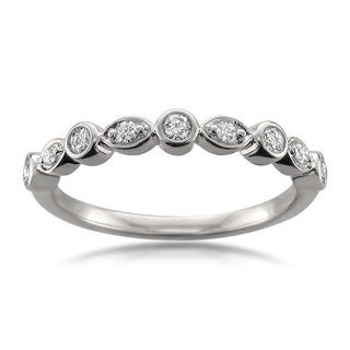 Montebello Jewelry 14k White Gold 1/10ct TDW Antique Style Diamond Wedding Band (G-H, I1-I2)