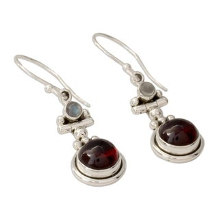 Handmade Sterling Silver 'Misty Moon' Garnet Moonstone Earrings (India)