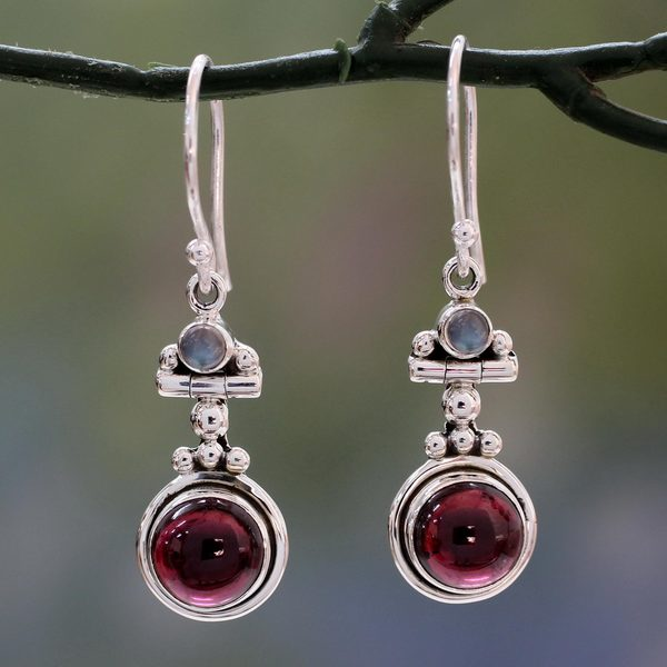 Handmade Sterling Silver 'Misty Moon' Garnet Moonstone Earrings (India) - Red