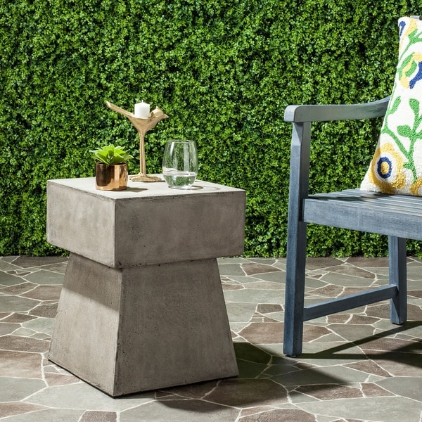 Safavieh Zen Mushroom Concrete Indoor/ Outdoor Accent Table (Dark Grey) & Shop Safavieh Zen Mushroom Concrete Indoor/ Outdoor Accent Table ...