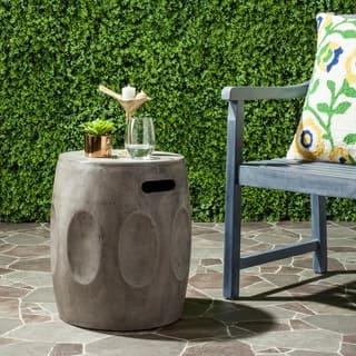 "Safavieh Zuri Concrete Indoor/ Outdoor Accent Table (Dark Grey) - 15.7"" x 15.7"" x 17.7"""