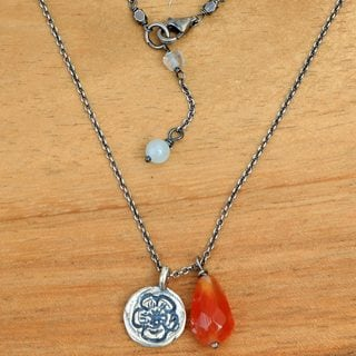 Silver 'Inspiring Sunflower' Carnelian Moonstone Necklace (Indonesia)