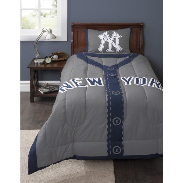 Shop Mlb New York Yankees Twin 2 Piece Comforter Set