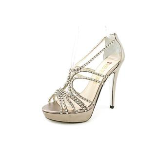E. Live From The Red Carpet Women's 'Elvira' Satin Sandals