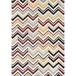 Multicolored Olefin Machine Made Chevron Rug (5'2 x 7'7)