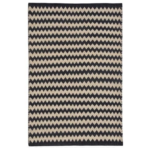 Chevron Ebony/Ivory Jute Handwoven Rug - Black - 4' x 6'