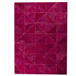 M.A. Trading Indo Hand-tufted Tile Pink Rug (6'6 x 9'6)