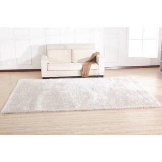 White Cotton/Polypropylene Handmade Shag Area Rug (4 x 5)