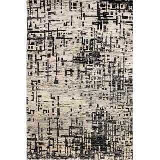 Sari Silk Alton Grey Hand-Knotted Rug (5'7 x 7'9)