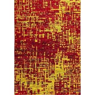 Sari Silk Brittney Red Hand-knotted Rug (5'6 x 8'1)
