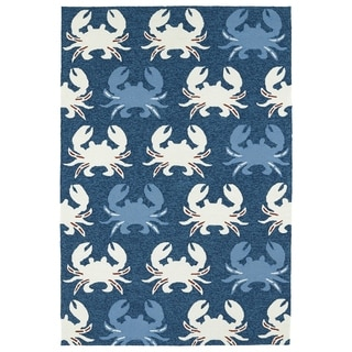 Indoor/ Outdoor Beachcomber Crab Navy Rug (5' x 7'6)