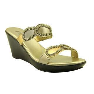 White Mountain Women's 'Roundup' Patent Sandals